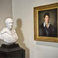 Borstbeeld en jeugdportret (J.B. Greuze) van Florent Van Ertborn, Rockoxhuis, Antwerpen