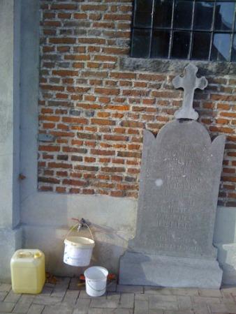 Kerkhof Sint-Clemenskerk, Minderhout