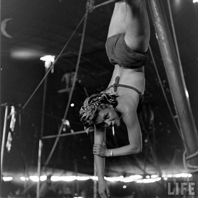 circus-girls-016