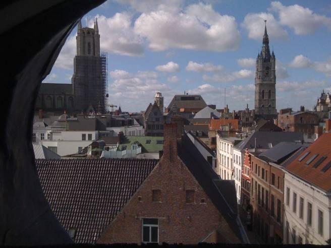 Uitzicht op Sint-Baafskathedraal en het Belfort, Gent