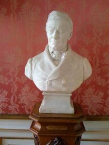 Borstbeeld van Prudens Van Duyse in KANTL